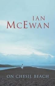 Na praia, Ian McEwan. Short and strong.