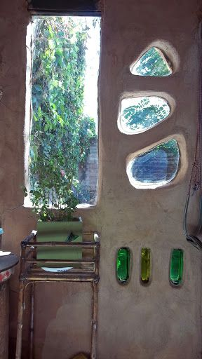 ·Construcción Natural en Tierra Cruda·: Bº Sapere - Neuquén