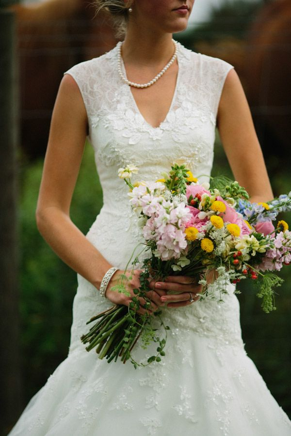 wildflower wedding bouquet #wildflowerbouquet #bouquet #weddingchicks http://www.weddingchicks.com/2014/01/30/time-travel-wedding/ http://www.weddingchicks.com/2014/01/30/time-travel-wedding/