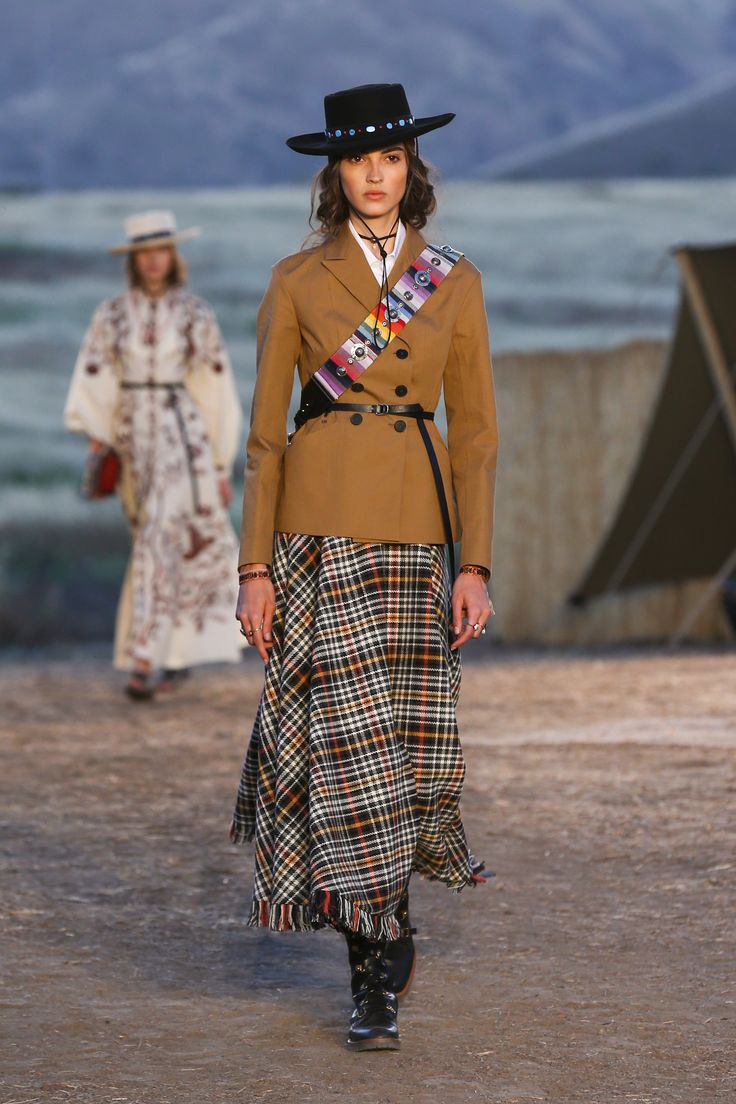Dior Cruise 2018 -  this fun plaid skirt and belted jacket combo!
