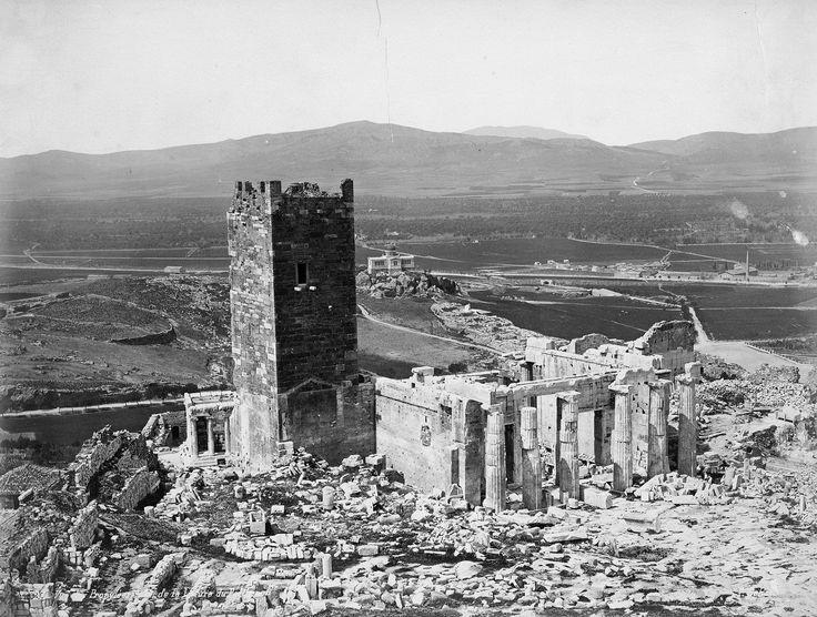 Τα Προπύλαια και ο Φράγκικος Πύργος - Pascal Sebah, 1874