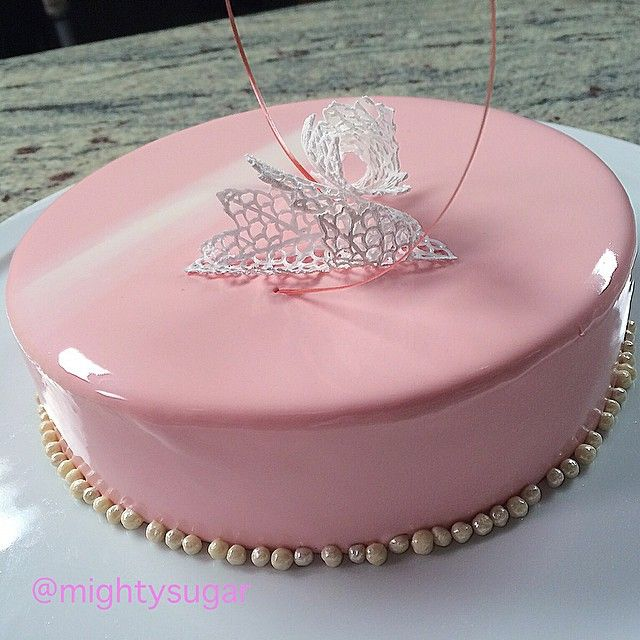 """""""We are what we repeatedly do. Excellence, then, is not an act, but a habit."""" Aristotle ✨✨ #rose #white #chocolate #raspberry #entremet #chefstalk #pastry #pastryart #dessert #cake #pastrylife #patisserie #dolci #dulce #delicious #pasticceria #shine #edibleart #instagood #sugar #love #chocolate #passion #food #butter #happy #morivation"""