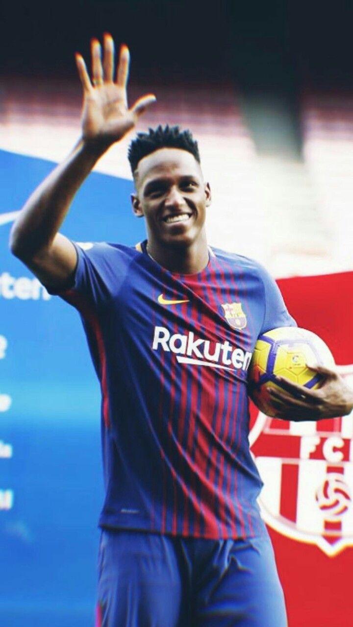 Ah bailar en el Barcelona Vamos Yerry Mina ⚽