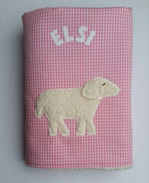 Babydecken - personalisierte Babydecke Kuscheldecke Schaf - ein Designerstück von stoffschmiede bei DaWanda