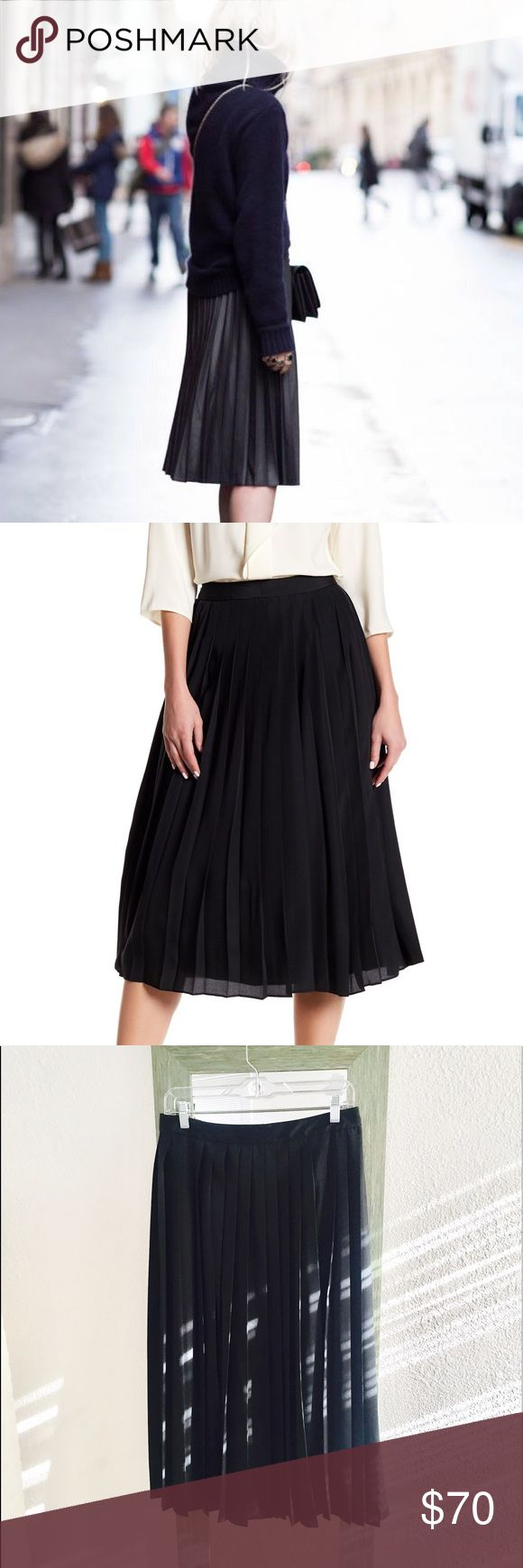 Pleated black midi skirt Size 6 NWT , black pleated midi skirt, lined 100% polyester, Bough in Nordstrom Skirts Midi