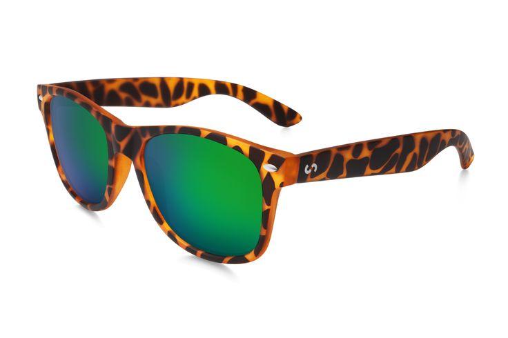 Occhiali da sole polarizzati:  SLANG / HAVANA GREEN di Slash Sunglasses http://www.slashsunglasses.com/shop/slang/slang-tartaruga-marrone-verde.html