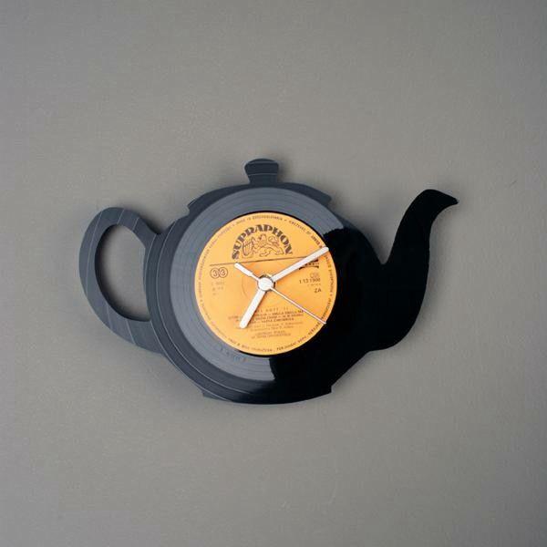 teapot clocks | 古いレコードを繊細なシルエットにレーザーカット ...