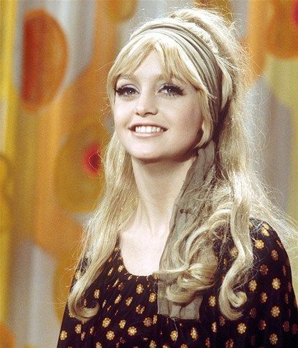 Goldie Hawn 1970s hair inspo