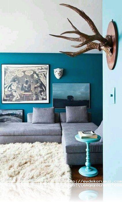 Mavi renk tonları arasında oda
