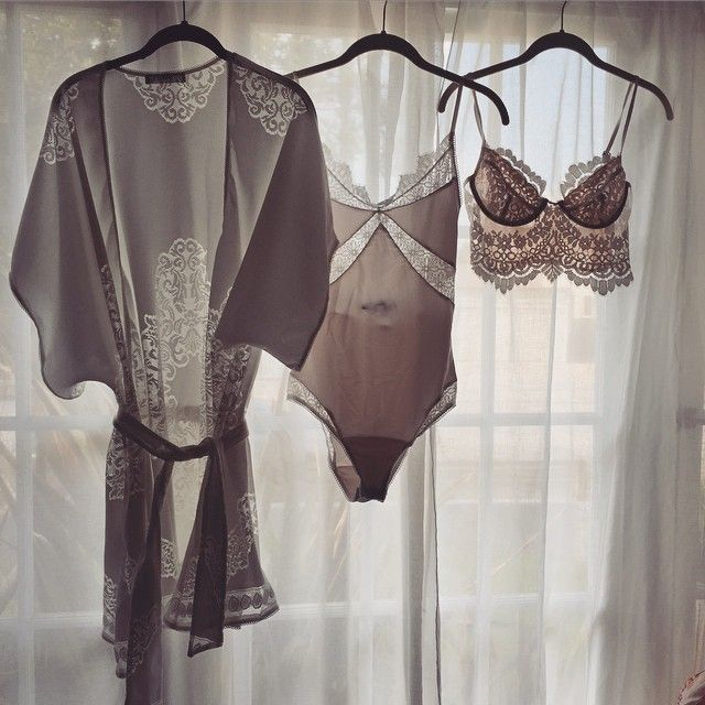 Good morning ☀️ #forloveandlemons #downtoyourskivvies