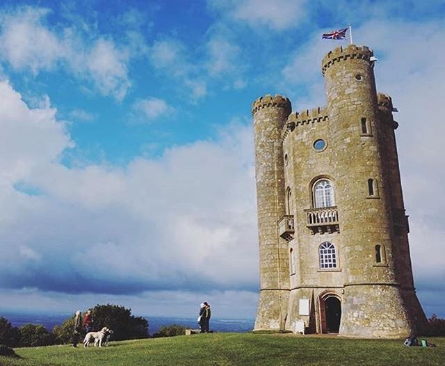 Tails Are Sure To Be Wagging In Delight With A Trip Broadway Tower One Of The Cotswolds Top Dog Friendly Attractions Located On Cotswold Way Happy