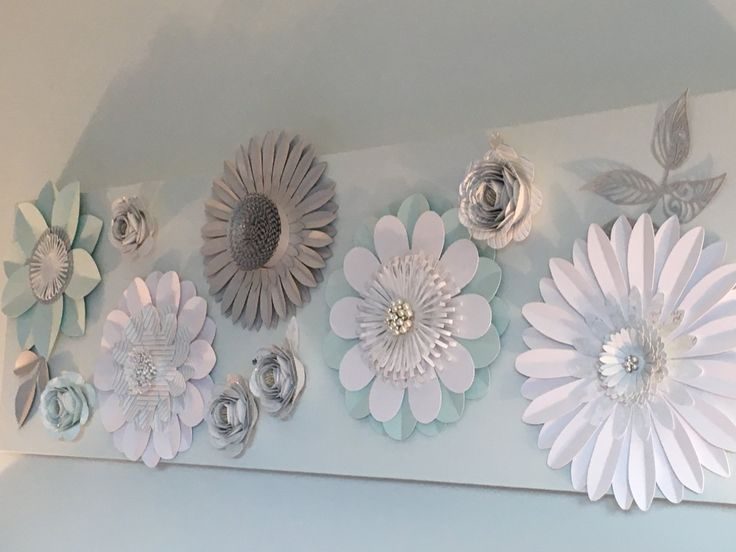 Paper flower canvas - a statement piece ideal for a romantic bedroom