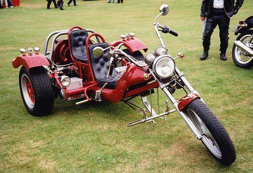 Red Chopper Trike Motorbike at Barnsley Custom & Classic Bike Show by Steve Greaves, via Flickr