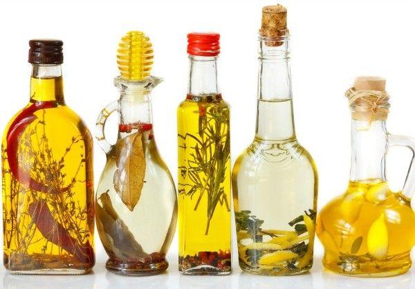 Fűszerolajok-házilag.jpg (600×418)