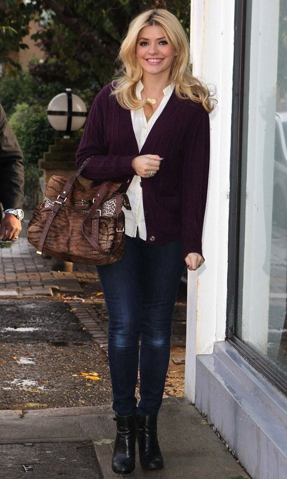 Holly Willoughby Out In London, 2012....LOVE THIS OUTFIT!