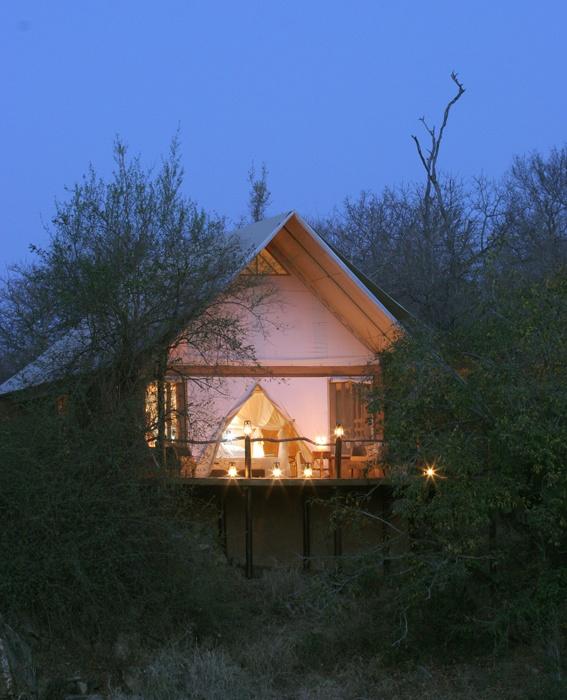 Garonga is Perfect for a romantic Hideaway.. http://www.perfecthideaways.co.za/Details/Garonga-Safari-Camp #safari #bush #accommodation #luxury