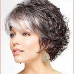 Frisuren für kurzes Haar Einfache Schulterlänge Gerade Neue Frisuren von kurzer bis mittlerer Länge Beste Frisuren und Farben für