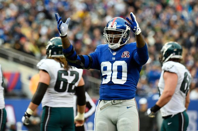 Jason Pierre-Paul Is Said to Lose Right Index Finger After Fireworks Accident - The New York Times