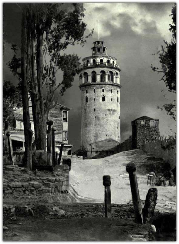 ingiliz fotoğrafçı Francis Bedford 1862'de Galata Kulesi'ni böyle fotoğraflamış.
