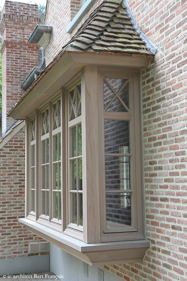 bay window, best roof style, 'X' mullion at top window (Bart Franois)