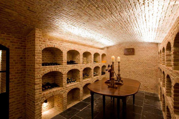 Villabouw Vlassak Verhulst, the wine cellar..