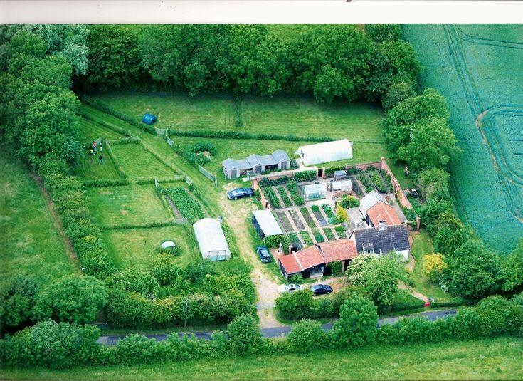 M s de 25 ideas incre bles sobre 2 acre homestead en for Half acre backyard landscaping ideas