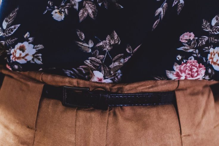 Peg leg trousers & florals, vintage vibes, second-hand thrift style inspiration