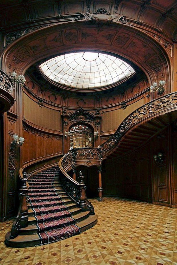 Interior de arquitetura barroca, também conhecido como o estilo neo-renascentista vienense.  Arquitetos: Fellner e Helmer