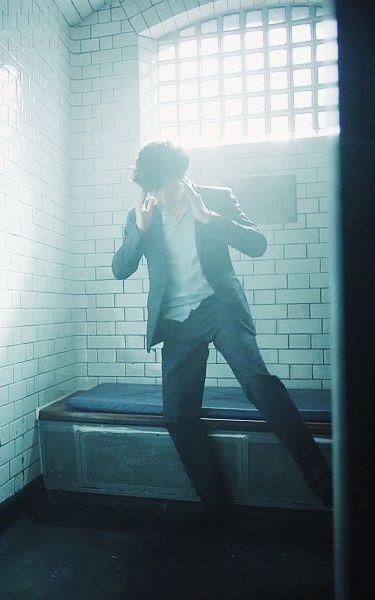 #Sherlock series 3 episode 2: The Sign of Three