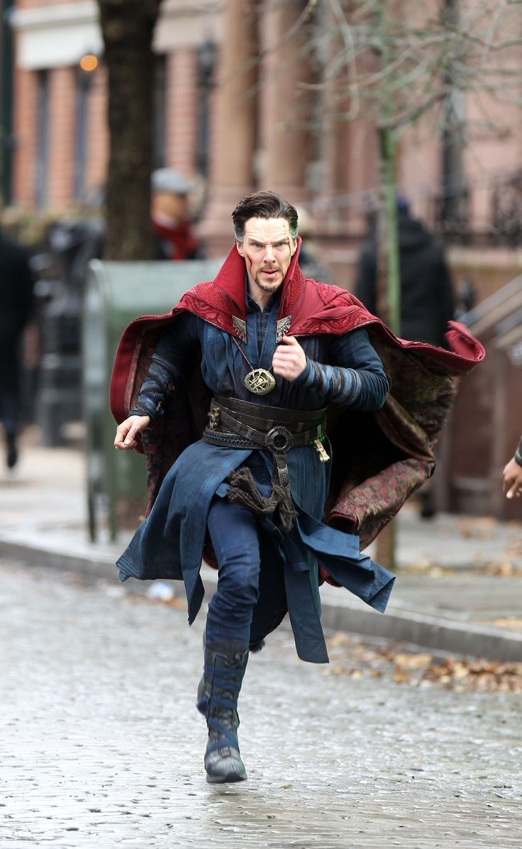 Doctor Strange: Benedict Cumberbatch Is Coming For You in These Crazy-Cool Set Pictures