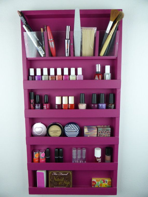 Fuchsia pink makeup organizer  bathroom by CraftersCalendar