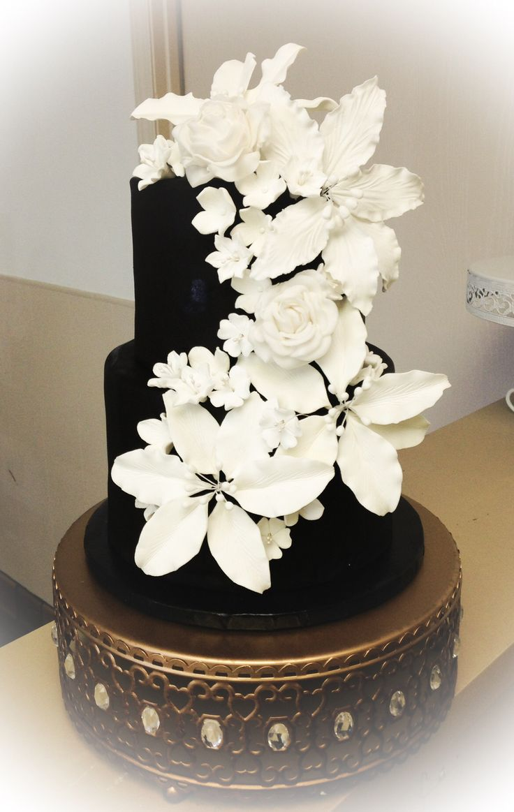 21 best art party images on pinterest art party art birthday black and white small custom wedding cake with sugar flowers for the end dessert company dhlflorist Image collections