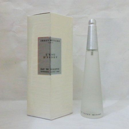 Issey Miyake L'eau D'issey IDR 50000