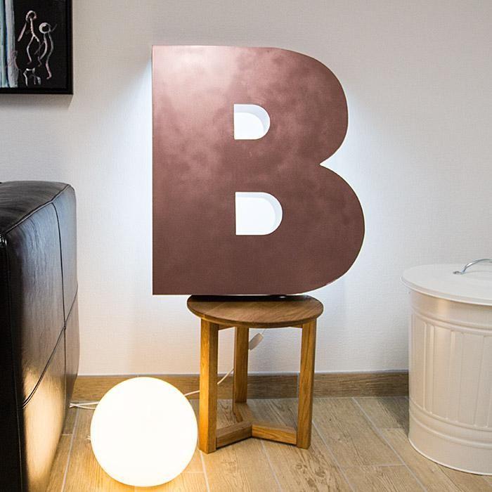 Futura Extra Black B backlite Bronze