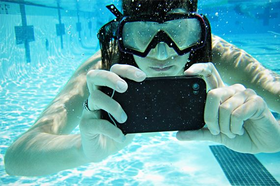 waterproof IPhone case with touch-sensitive gel screen: Iphone Cases, Idea, Scubas, Photos Underwater, Waterproof Iphone, Products