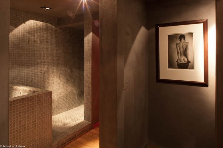 Ambient lighting in bathroom and hallway #designer #bespoke #lighting #lightingideas #architecture #home #design #interiors #interiordesign