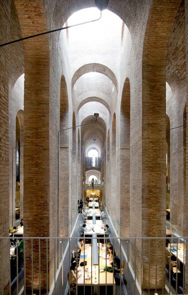 J. Fontserè _ L. Clotet + I. Paricio > 1876, 1999. Dipòsit de les Aigües, Barcelona.
