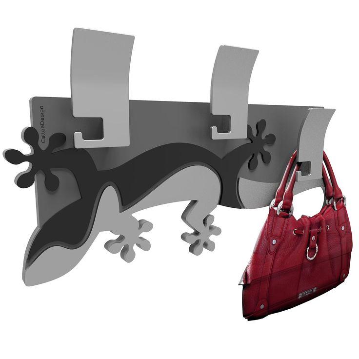 Perchero Hooks, pertenece a la colección Gecko de CalleaDesign. Original diseño italiano. Este perchero de pared está disponible en 8 colores diferentes. Atrévete con este reptil.