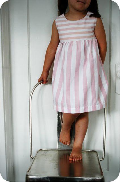 vestido niña rayas rosa