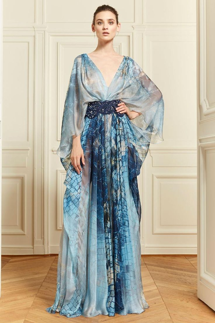 5. Zuhair Murad Resort 2014: this gown is a modern take on the Houppelande from the Late Middle Ages, with its long length, fuller body, flaring sleeves and deep-v cut of the neckline