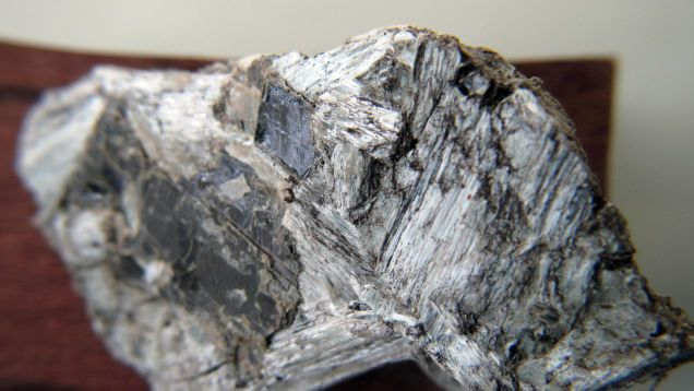 How Dangerous Is Natural Asbestos When It's Blowing in the Wind? #asbestos