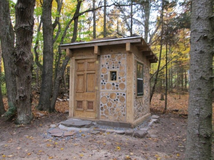 how to build a hut in the woods