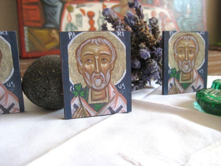 Mini Saint Patrick icon favors - St Patrick day mini gifts