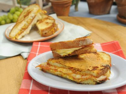 Pizza Parlor Grilled Cheese Recipe : Katie Lee : Food Network