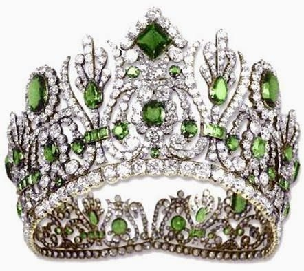The Royal Order of Sartorial Splendor: Tiara Thursday: The Marie Louise Diadem