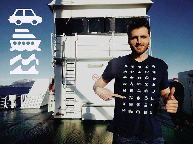 Un T-shirt avec 40 icônes vous permet de communiquer dans tous les pays, même si vous ne parlez dans la langue IconSpeak est un T-shirt utile imprimé