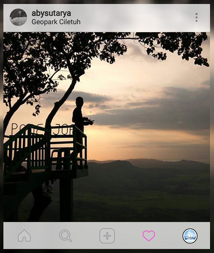 Yuk ngopi dulu.  . . location : #Geopark #Ciletuh #Panenjoan . Gunakan hashtag #travelmate siapa tau foto kamu selanjutnya yg kami repost  . . . #backpaker #penikmatalam #indonesiabagus #wonderfullindonesia #indonesiantraveler #exploresukabumi #geoparkciletuh #momenpendaki #instapendaki #indotravellers #kekinian #ayodolan #wonderfulindonesia #pesonaindonesia #exploreindonesia #parapejalan #travelindonesia #jelajahnusantara #folkindonesia #indonesiabagus #instanusantara #instatravel…