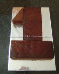 how to cut a 1 birthday cake