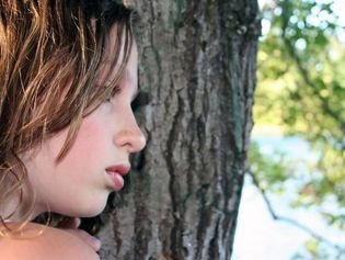 L'AUTISME, UN HANDICAP MAL CONNU DES FRANÇAIS  http://www.topsante.com/sante-au-quotidien/Actus/L-autisme-un-handicap-mal-connu-des-Francais