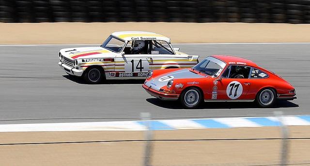 1971 Triumph Vitesse vs. 1968 Porsche 911S